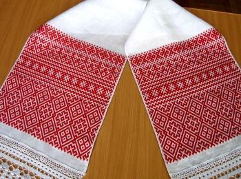 Льняной свадебный рушник с вышивкой в русском стиле