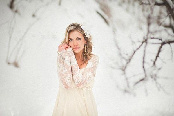 Вариант зимнего наряда невесты