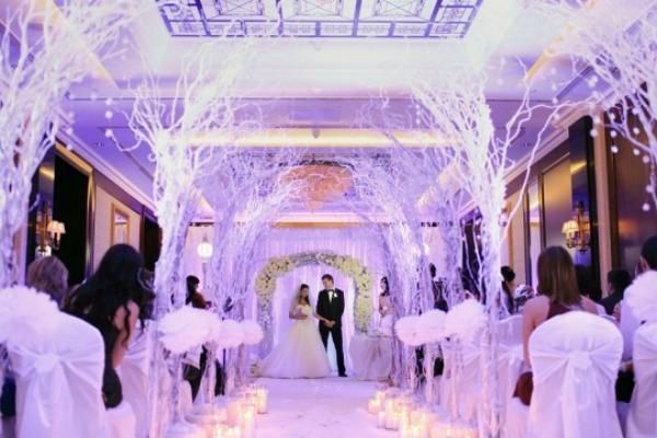 Атмосфера зимней сказки в банкетном зале