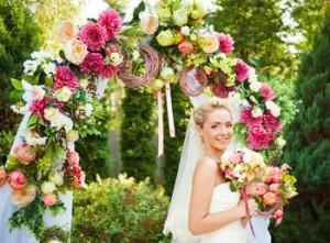 Свадебная арка из живых цветов своими руками