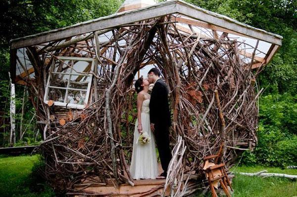 Нестандартная оригинальная арка для свадьбы
