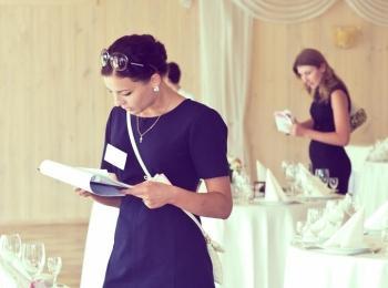 Специальные работники свадебных агентств возьмут практически всю ответственность за проведение свадеб на себя
