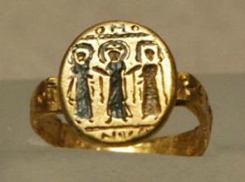 Древнее египетское обручальное кольцо