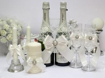 Битье свадебных бокалов - международная свадебная традиция