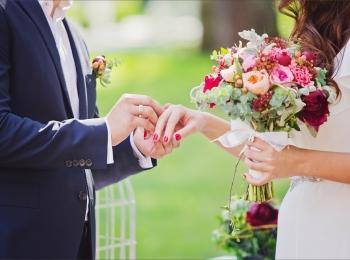 Ни одна свадьбе не обходится без обмена кольцами