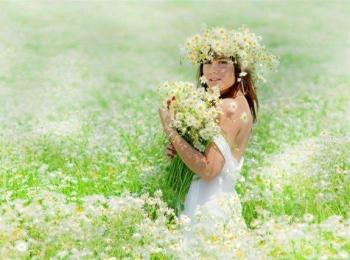 В Древнем Риме невеста обязательно собирала цветы на венок своими руками