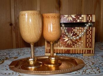 На пятилетие свадьбы обычно дарят символические деревянные подарки
