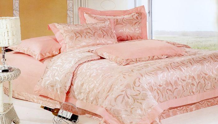 Отличным подарком может послужить постельное белье