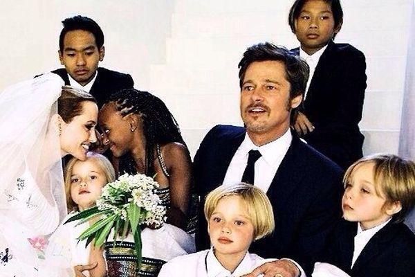 Счастливая семья Анджелины и Брэда