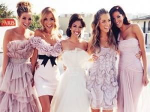 Красивые прически для гостей на свадьбу