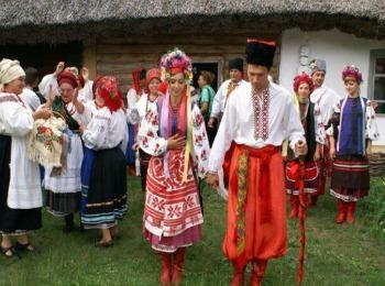 Колоритный обряд сватовства невесты на Украине