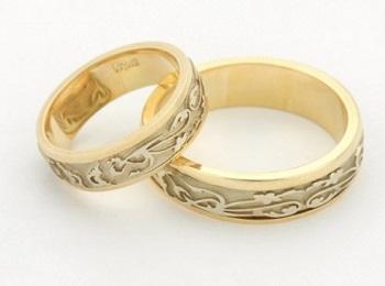 Парные украшения из золота