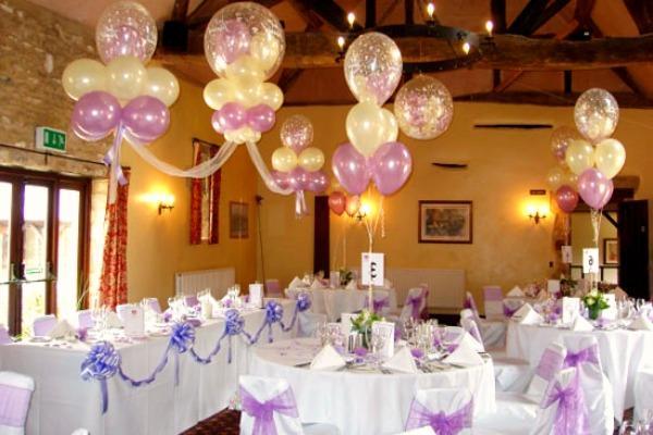 Декор свадебного зала воздушными шариками
