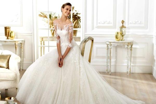 Наряд для невесты с ажурными деталями