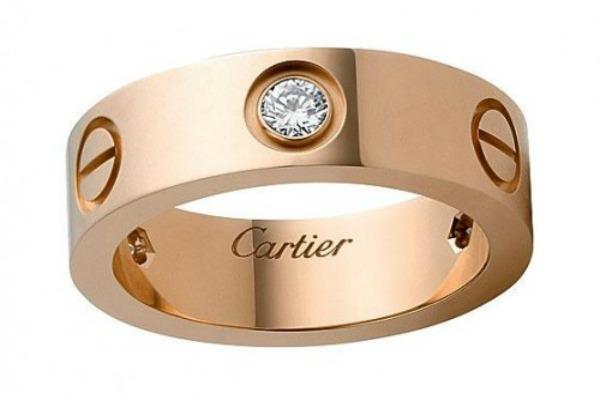 Модель LOVE от Cartier
