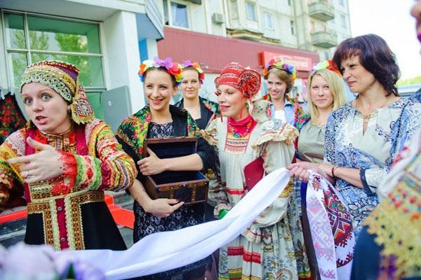 Русский обряд выкупа невесты