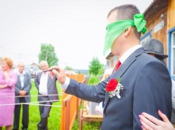 Жених проходит испытание пока сватает невесту