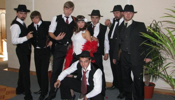 Так выглядят гости на свадьбе в стиле американского ретро