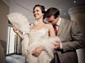 Одежда для этой свадьбы должна быть в стиле арт-деко