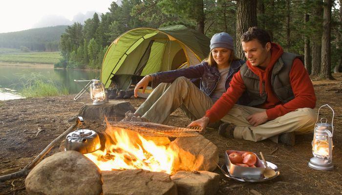 Семейная туристическая палатка