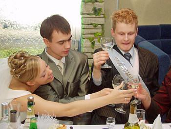 Свадебные поздравления за праздничным столом