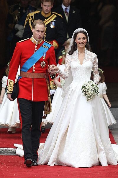 Кейт и Уильям на красной дорожке на пути к законному браку