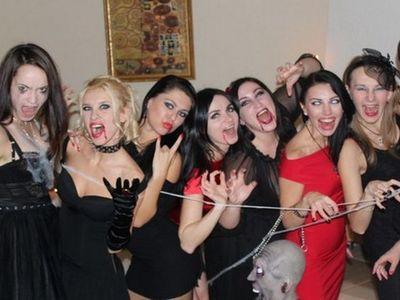 Атрибуты для вамп вечеринки
