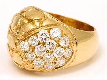 Перстень с бриллиантами от Gucci