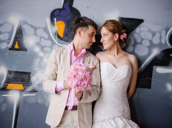 Что подарить на свадьбу? Оригинальные, прикольные и необычные подарки в день свадьбы молодоженам от друзей: лучшие идеи